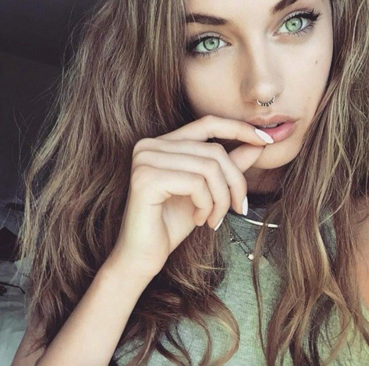 keresés gyönyörű lányok